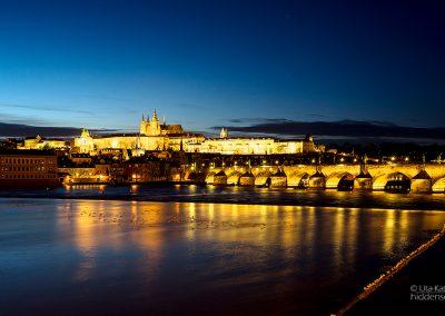 Karlsbrücke am Abend, Prag