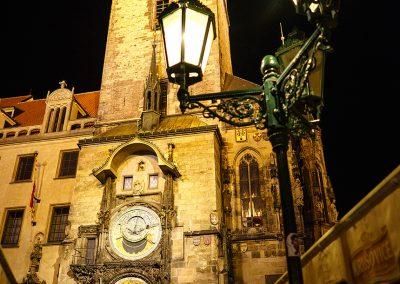 Prager Rathaus bei Nacht